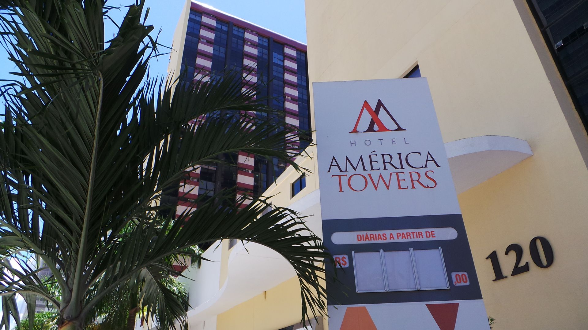 América Towers Hotel